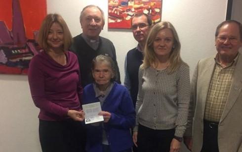 93-летняя эмигрантка впервые в жизни получила паспорт Украины.Вокруг Света. Украина