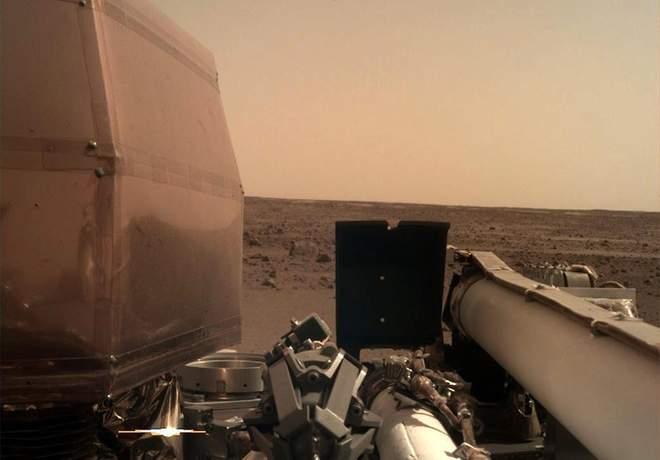 Новый марсоход InSight сделал первое селфи.Вокруг Света. Украина
