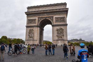Только для беспилотников: центр Парижа станет пешеходным