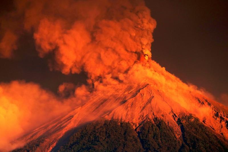 В Гватемале началось новое извержение вулкана Фуэго