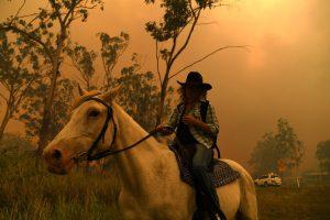 Лесные пожары в Австралии: власти объявили желтый уровень опасности