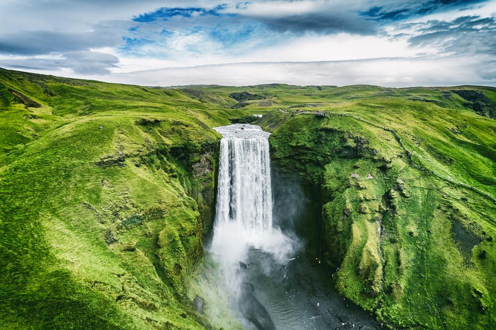 Исландию признали безопаснейшей страной для путешествий