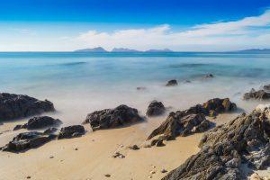 Страх и ненависть в океане: самые опасные острова в мире