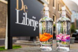 В Нидерландах выпустили водку из тюльпанов