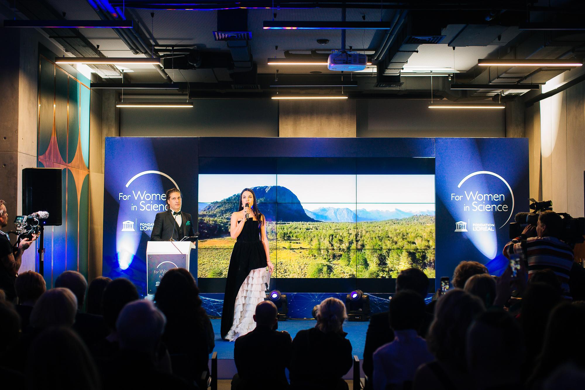 Українки вперше отримали премію «Для жінок в науці» від Лореаль Україна