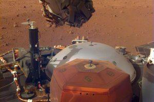 InSight записал звуки ветра на Марсе