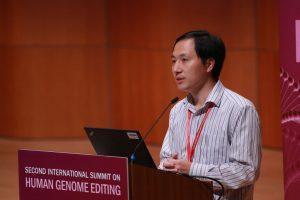 Китай расследует случай рождения генно-модифицированных близнецов