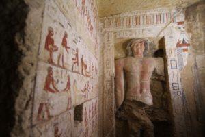 В Египте обнаружили роскошную гробницу верховного жреца