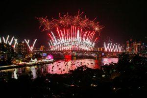 Австралия и Новая Зеландия встречают 2019 год фейерверками: видео