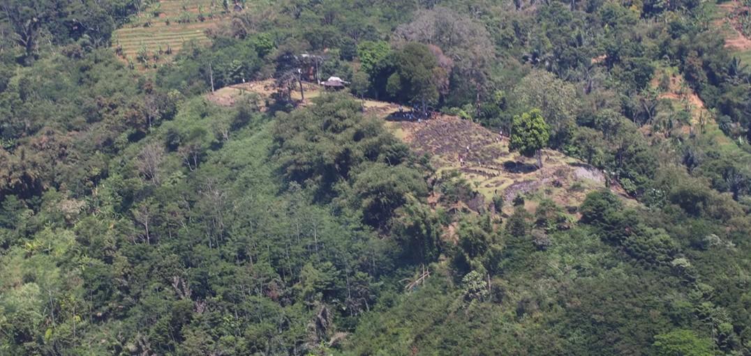 В Индонезии нашли пирамиду возрастом 30 тысяч лет.Вокруг Света. Украина