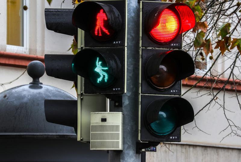 В Германии появился светофор с танцующим Элвисом.Вокруг Света. Украина