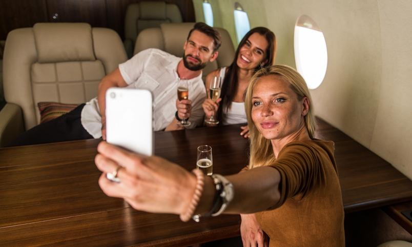 Назад в будущее: британская авиакомпания предлагает дважды встретить Новый год