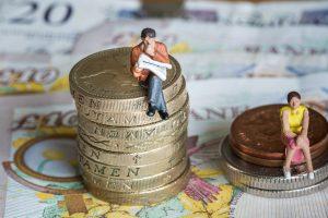 Женщинам будут платить меньше, чем мужчинам, еще минимум 200 лет