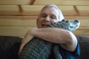 Американец завел аллигатора, чтобы избавиться от депрессии