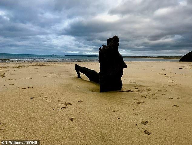 Отлив в Корнуолле обнажил обломки кораблей, затонувших 125 лет назад