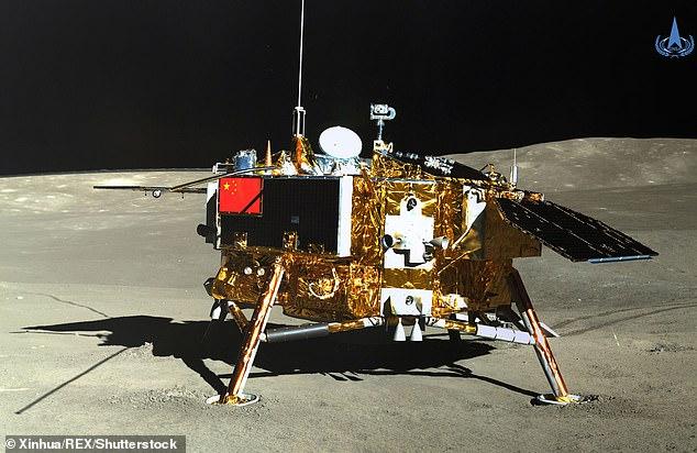 Китай собирается построить базу на Луне и заселить ее через год