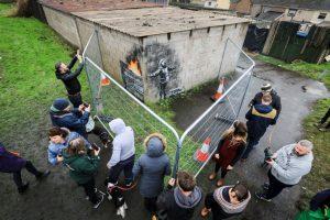Житель Уэльса продал гараж с граффити Бэнкси из-за стресса