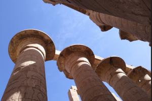 Інакший Єгипет: подорож Нілом на лайнері, сучасні пірати та кари єгипетські