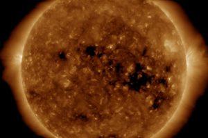 Год спокойного Солнца: ESA показало солнечную активность в 2018 году (видео)