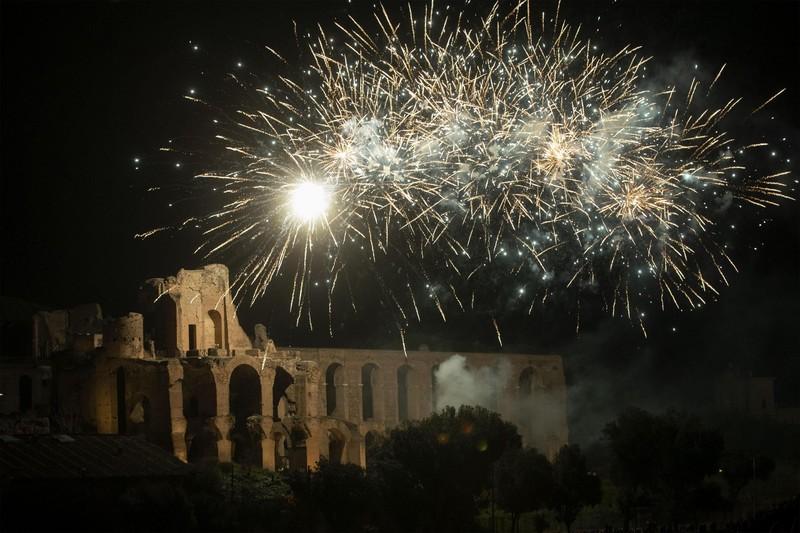 В Италии более 200 человек ранены новогодними фейерверками