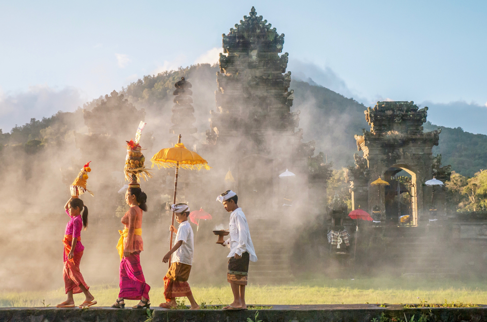 На Бали вводят налог для туристов