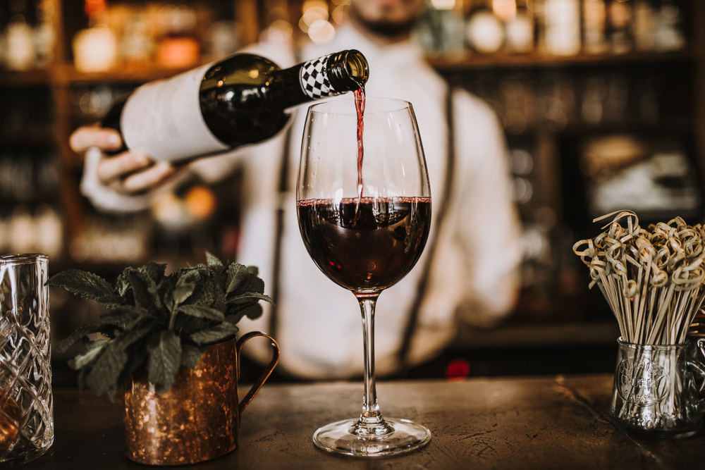 Европейцы тратят 130 млрд евро в год на алкогольные напитки