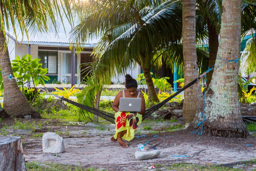 Тувалу – узкая полоска земли посреди океана.Вокруг Света. Украина