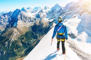 Китай ограничит доступ альпинистов к Эвересту