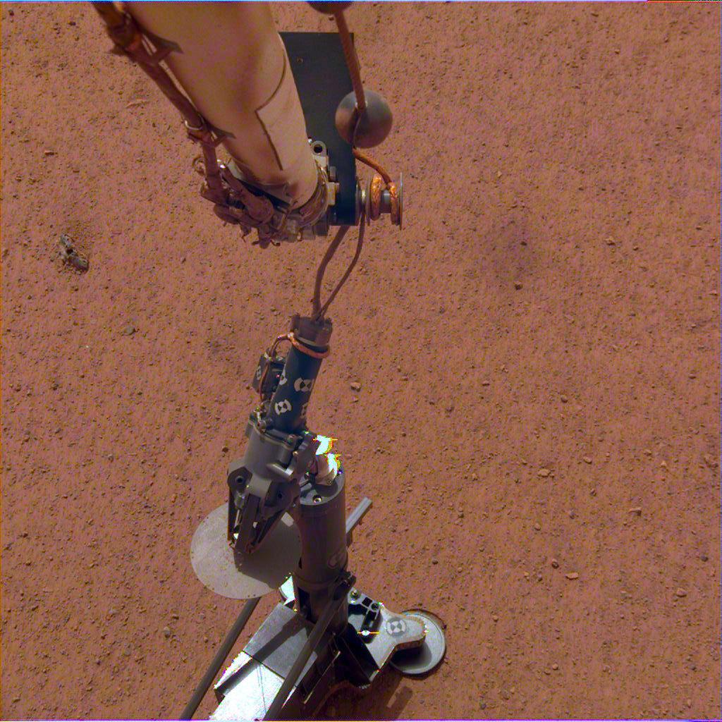 Зонд InSight измерит температуру Марса
