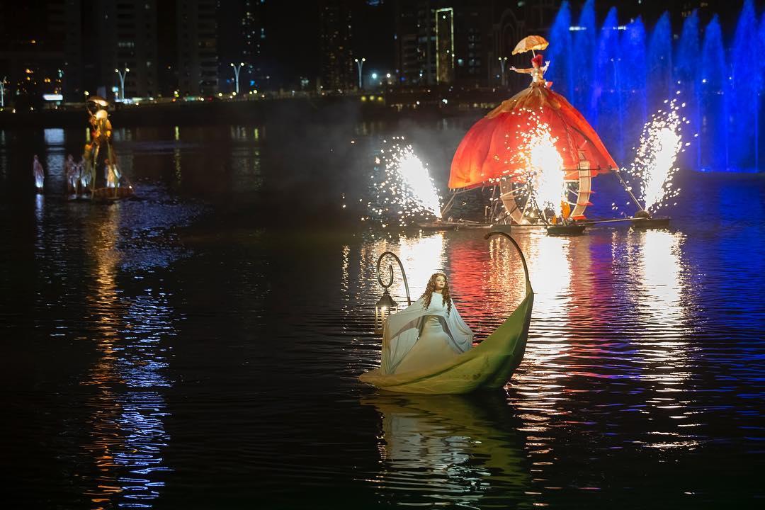 Огонь и вода: в Шардже зажигает 9-й Фестиваль света.Вокруг Света. Украина