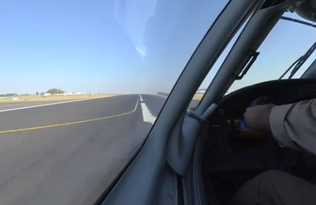 Украинский самолет произвел фурор на авиа-шоу