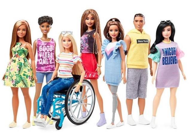 Появились первые инклюзивные Барби