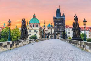Волшебный уикенд в Праге: как слетать этой весной бесплатно
