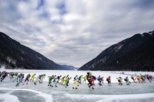 Меняю каналы на озеро: нидерландский конькобежный марафон состоялся в Австрии