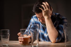Ученые выяснили, в какой последовательности пить пиво и вино