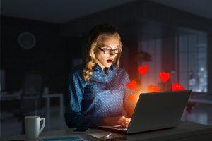 Ученые уверены, что соцсети — прямой путь к изменам