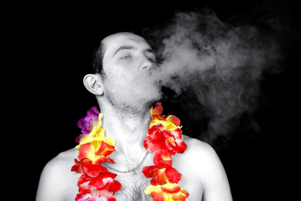 На Гавайях разрешат курить после 100 лет