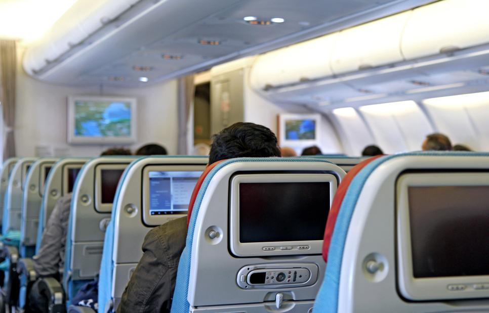 Американские и Сингапурские авиалинии уличили в слежке за пассажирами