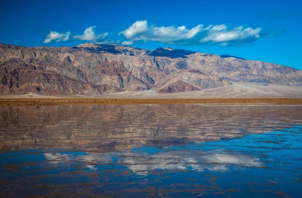 В самом сухом месте на земле появилось озеро
