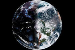 NOAA показала, как выглядит весеннее равноденствие со спутника