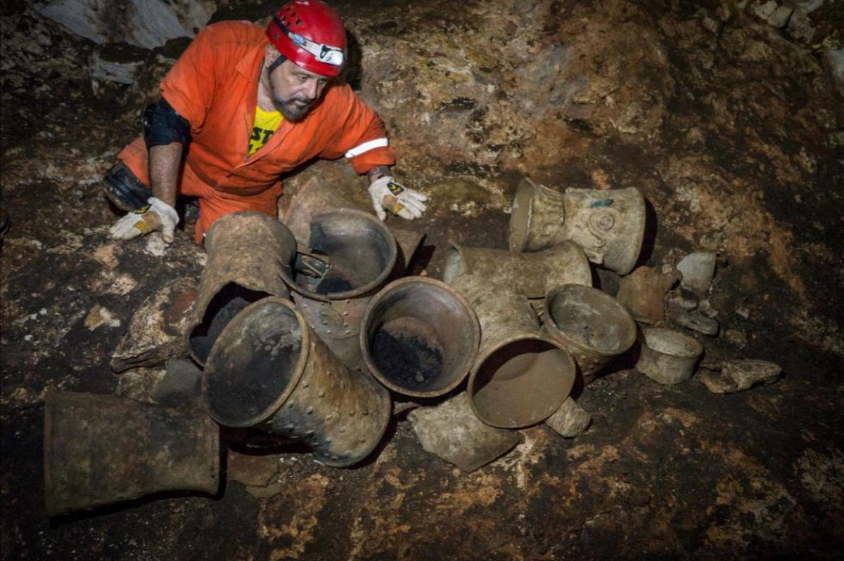 В Мексике нашли ритуальную пещеру майя возрастом 1000 лет