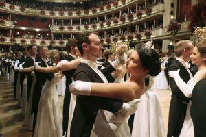 В Австрии прошел знаменитый Венский оперный бал