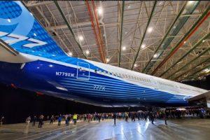 Boeing представил пассажирский лайнер рекордной длины