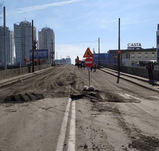 У Шулявского моста появился аккаунт в Instagram
