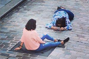 Парижане хотят отгородиться от зевак
