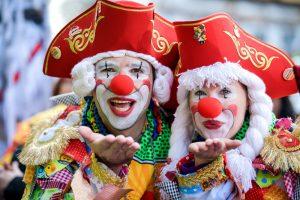 Пятое время года: в Кельне стартовал знаменитый уличный карнавал