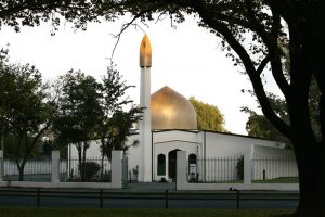 Перестрелка в мечети: в Новой Зеландии террористы атаковали мусульман