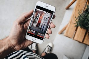 Появилось приложение, удаляющее толпу туристов с фотографии