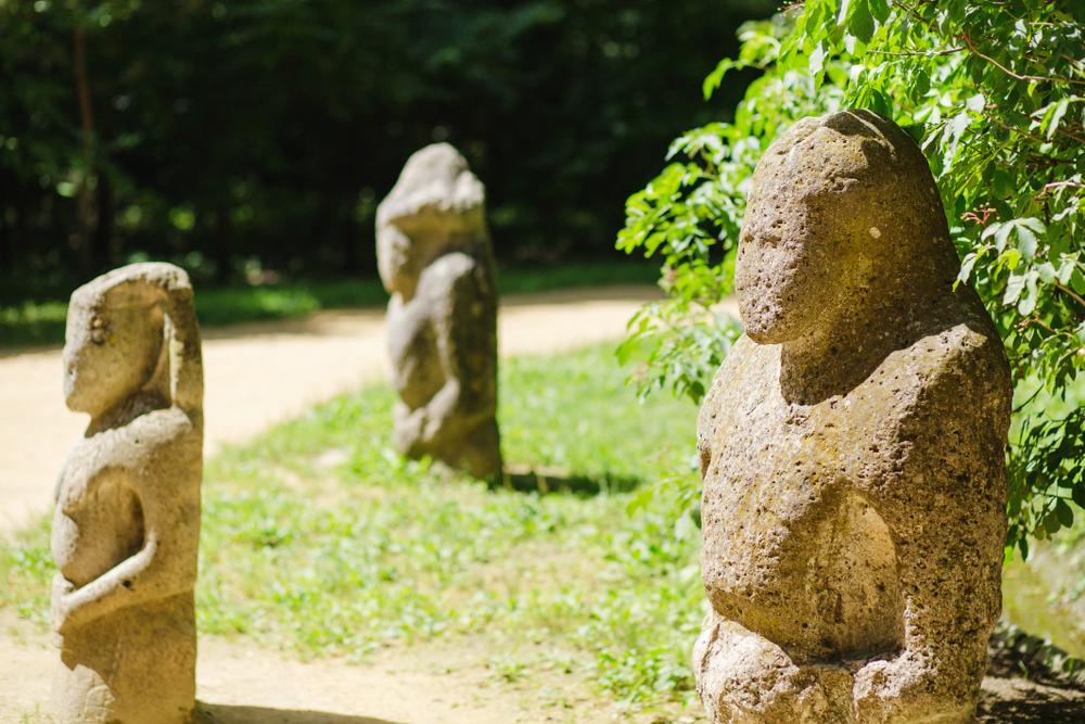 В оксфордском музее экспонируют каменную бабу из Днепра