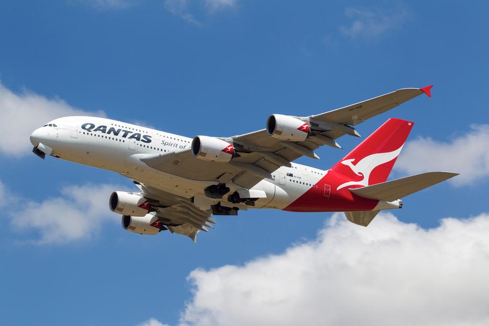 Qantas Airlines откажется от пластиковой посуды на своих рейсах